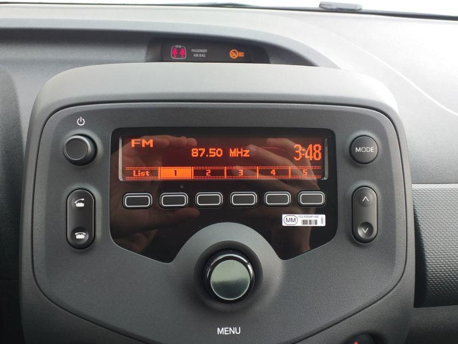 annonce TOYOTA AYGO 1.0 VVT-I X VOICE 5 PORTES neuf Brest Bretagne