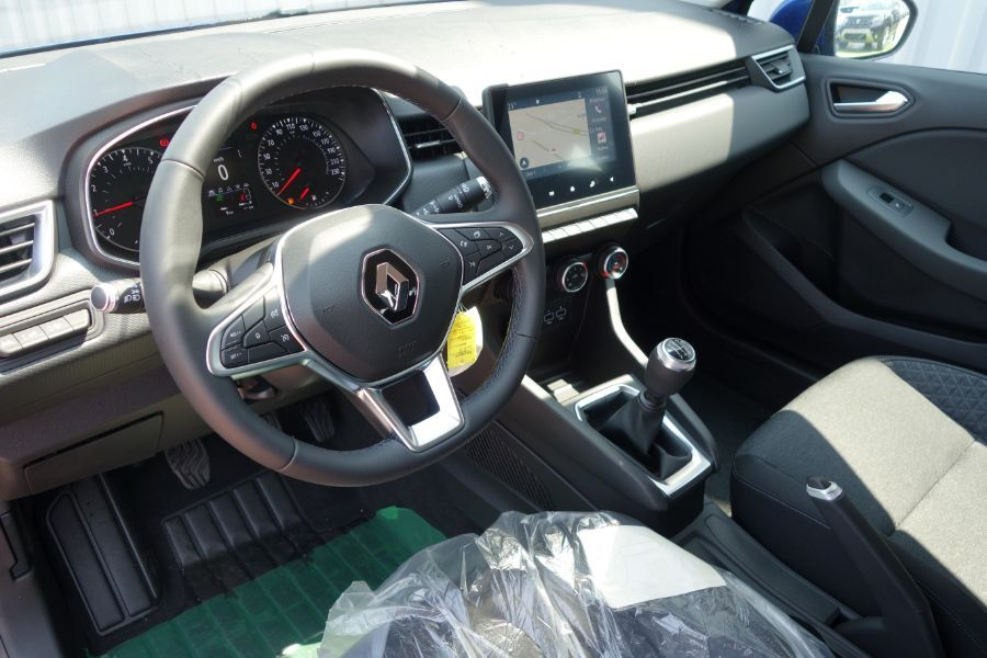 annonce RENAULT CLIO TCE 100 BUSINESS neuf Brest Bretagne