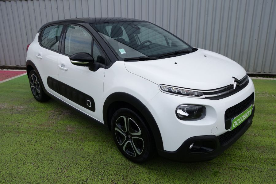 photo CITROEN C3 PureTech 82 S&S BVM5 SHINE