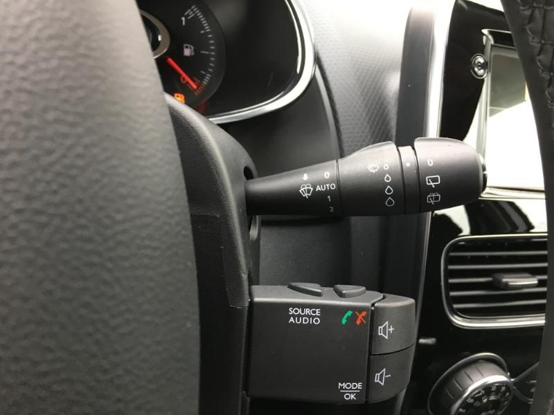 annonce RENAULT CLIO ESTATE DCi 90 Cool Sound 2 neuf Brest Bretagne