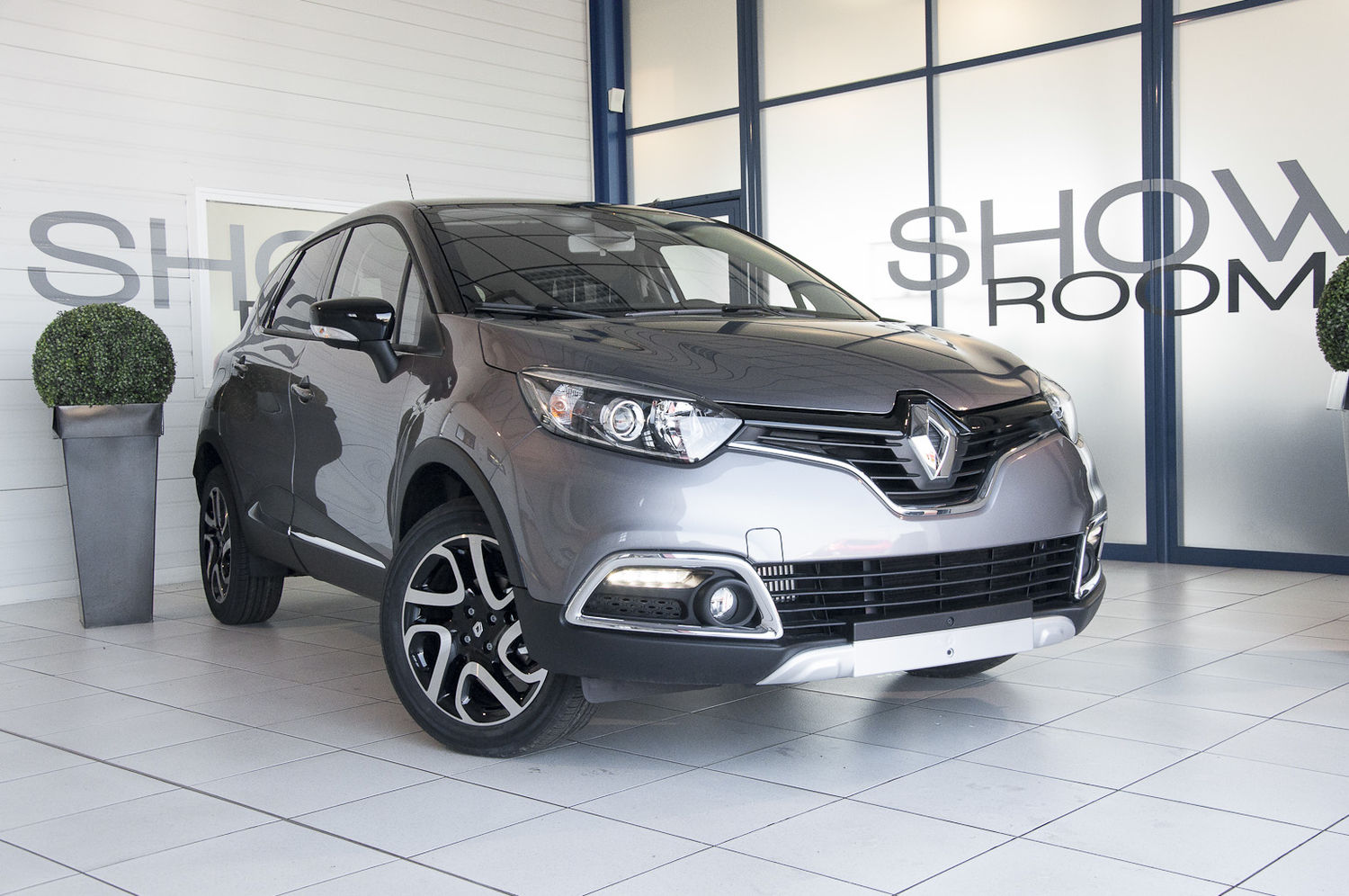 voiture renault captur 0 9 tce 90 ch helly hansen occasion. Black Bedroom Furniture Sets. Home Design Ideas