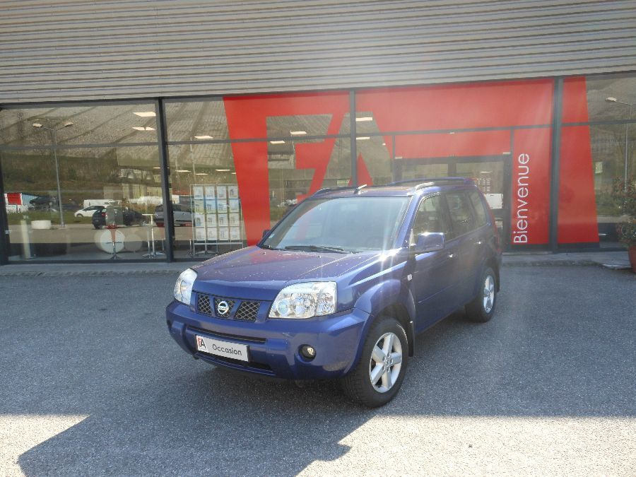 voiture nissan x trail 2 2 dci comfort 136cv 4x4 5p bvm occasion diesel 2004 68346 km. Black Bedroom Furniture Sets. Home Design Ideas