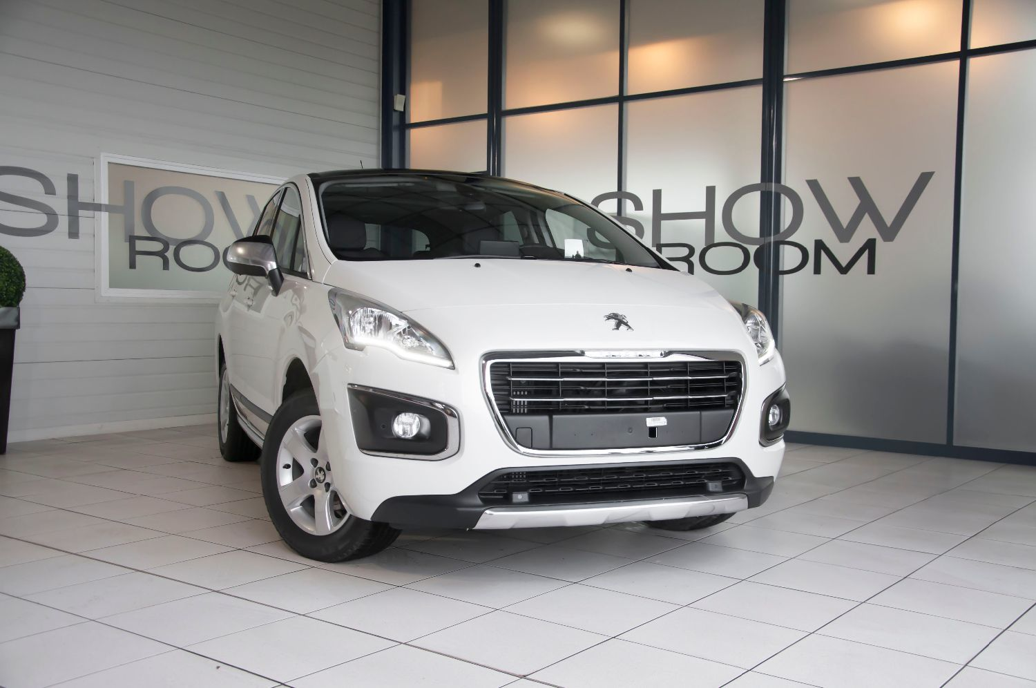 voiture peugeot 3008 1 6 bluehdi 120 ch allure occasion diesel 2016 20 km 24500. Black Bedroom Furniture Sets. Home Design Ideas