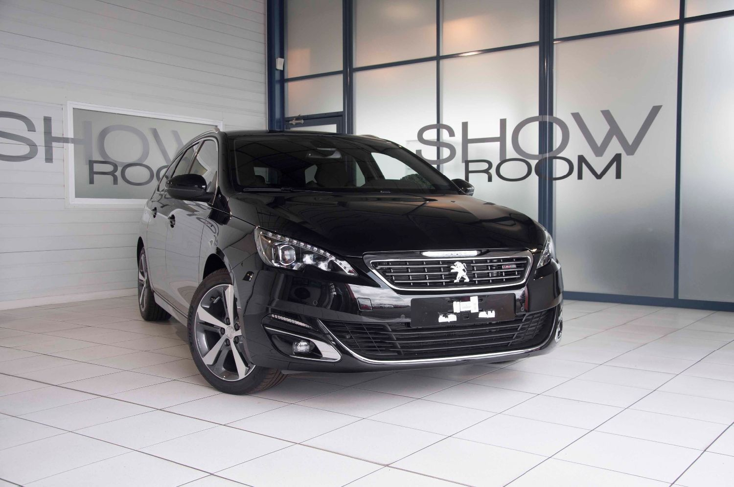 voiture peugeot 308 sw 1 6 bluehdi 120 ch gt line occasion diesel 2017 100 km 24700. Black Bedroom Furniture Sets. Home Design Ideas